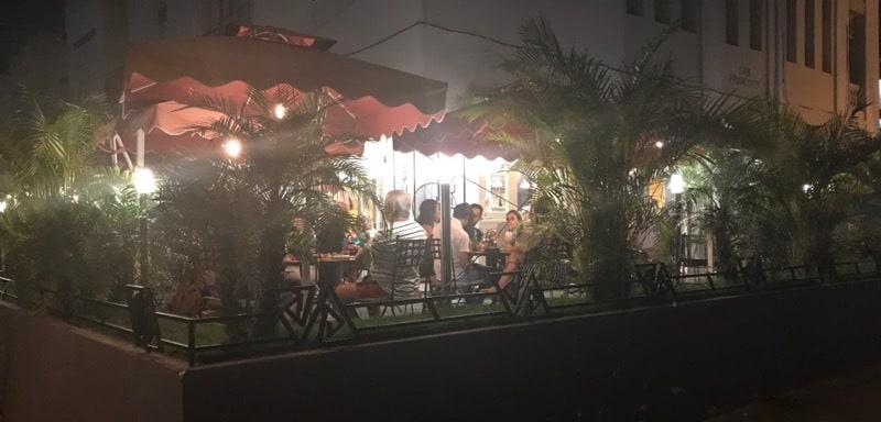 Patio dining at Cafe d la Esquina