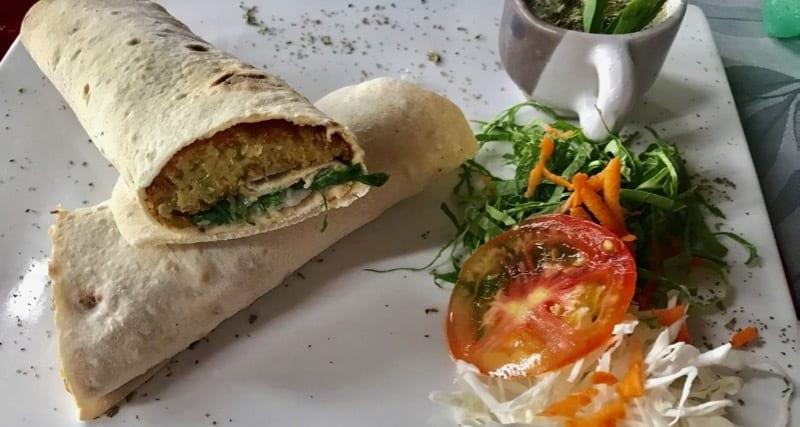 Falafel wrap at Topoly